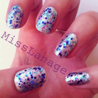 glitterbomb manicure