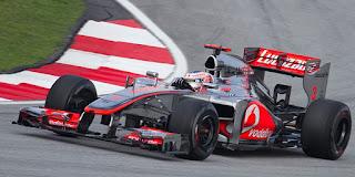 Gambar Mobil Balap F1 McLaren 04