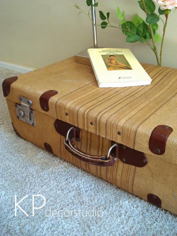 decorar con equipaje vintage antiguo. Tiendas decoración vintage en Valencia.