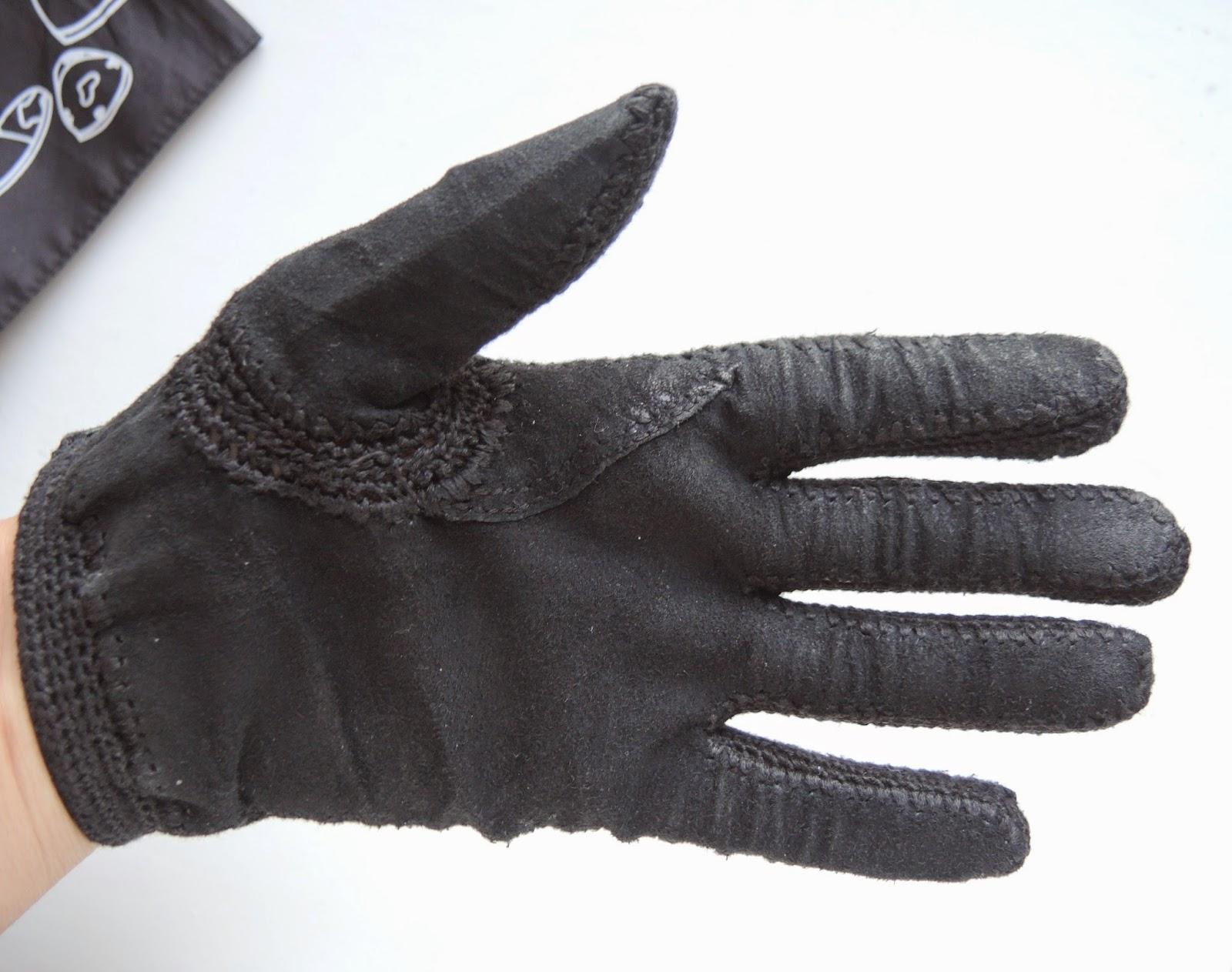Gloves, gloves.jpg, gloves made of leather, leather gloves, restoration, перчатки из кожи, перчатки, как сделать перчатки, женские кожаные перчатки, перчатки кожа, перчатки фото, перчатки женские, кожаные перчатки, реставрация, переделка, перчатки из замши, обвязывание крючком, мулине