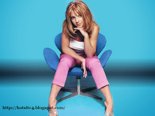 Free Britney Spears HD Wallpapers - 2014 HD Britney Spears Sexy Wallpapers - Download Britney Spears Sexy 2014 Wallpapers