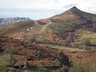 http://gdmeverest.blogspot.com.es/2013/05/de-paseo-por-el-concejo-de-mieres-monte.html