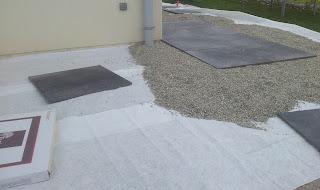 tout venant compacté terrasse gres cerame 20mm extérieur carrelage dalles noires anthracite