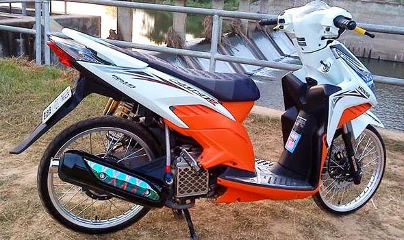 Modifikasi Honda Vario Techno 125 Velg Jari-Jari Terbaru