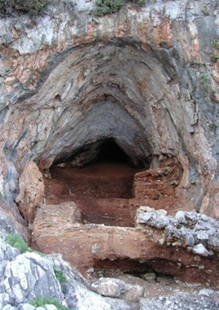 Neanderthal Greek paradise found