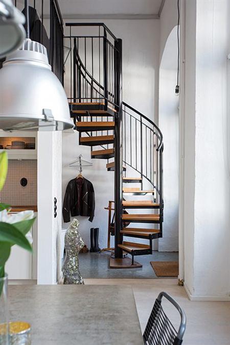 Los pisos n rdicos y las escaleras de caracol un flechazo - Escaleras de caracol minimalistas ...