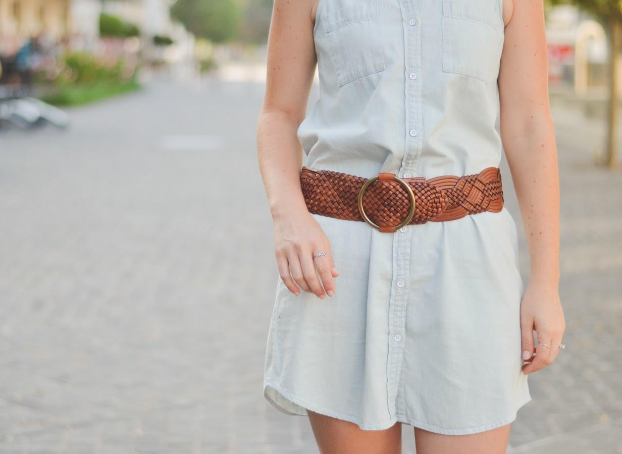 Denim Chambray Button Down Dress w. Belt | Luci's Morsels
