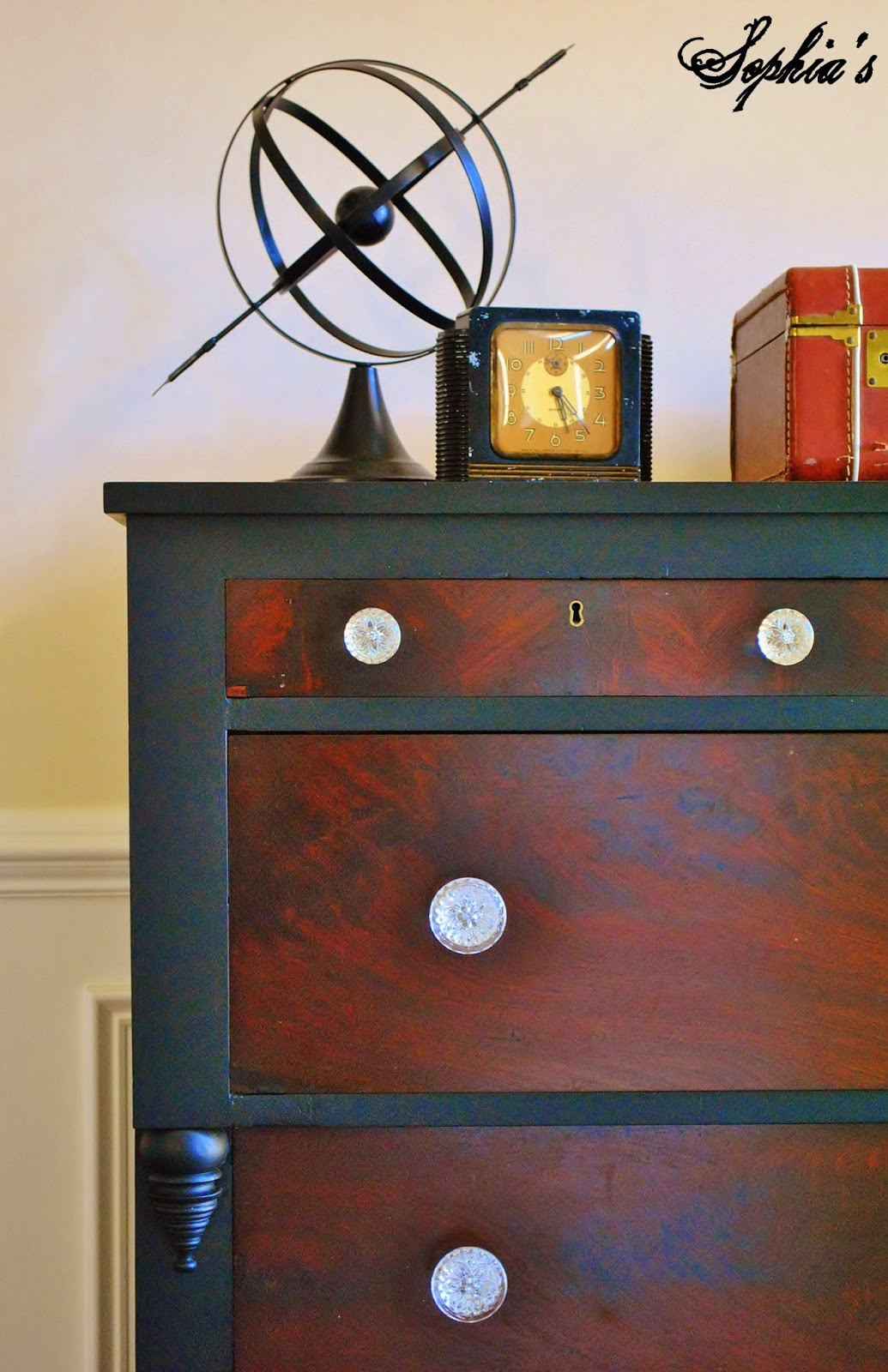 Black Empire Dresser