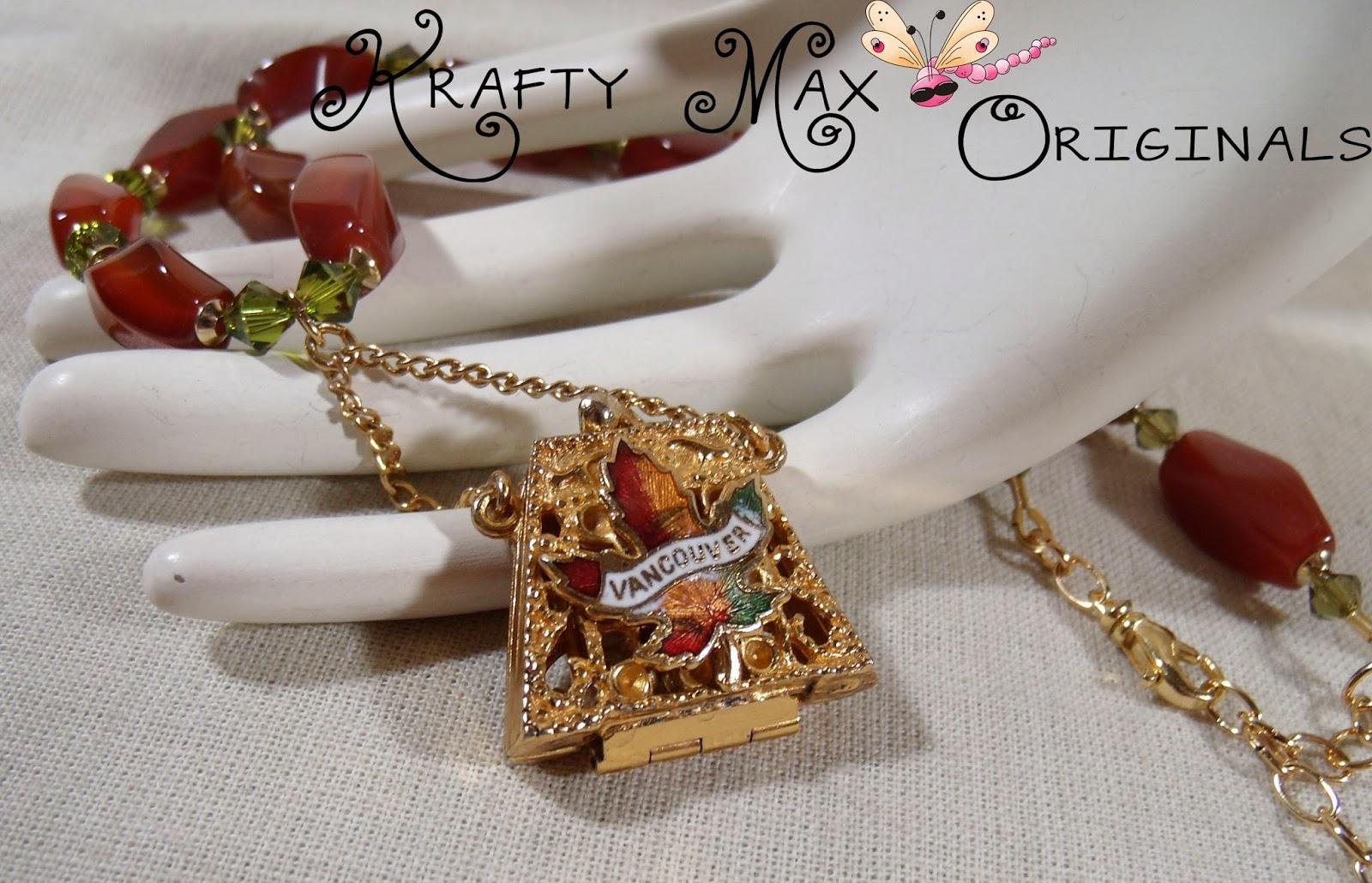 http://www.lajuliet.com/index.php/2013-01-04-15-21-51/ad/crystal,91/exclusive-vintage-vancouver-purse-swarovski-crystal-neckace-set-a-krafty-max-original-design,123