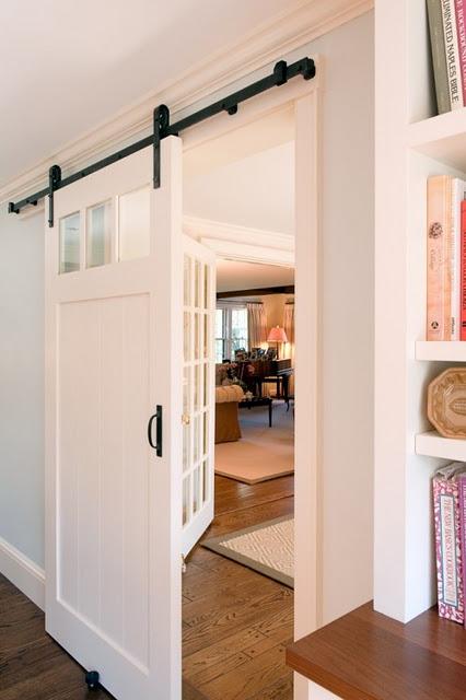Haute indoor couture barn door decor for Barn door plans