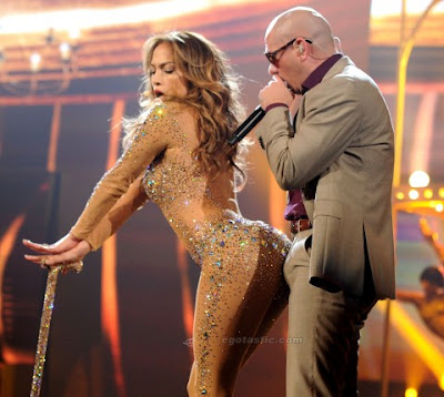 Jennifer Lopez  Pitbull on Steyn S Cave  Pitbull Erection For Jennifer Lopez