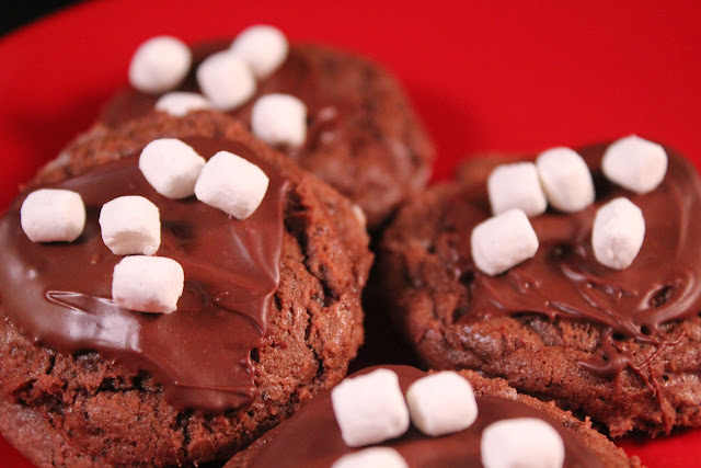 Mini hot cocoa cookies