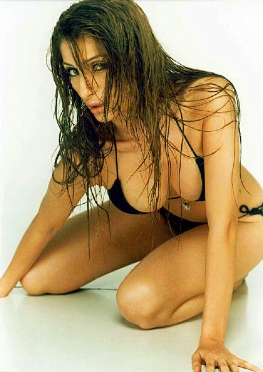 Negar Khan wet