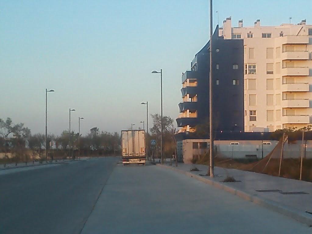 http://www.panoramio.com/photo/104822647