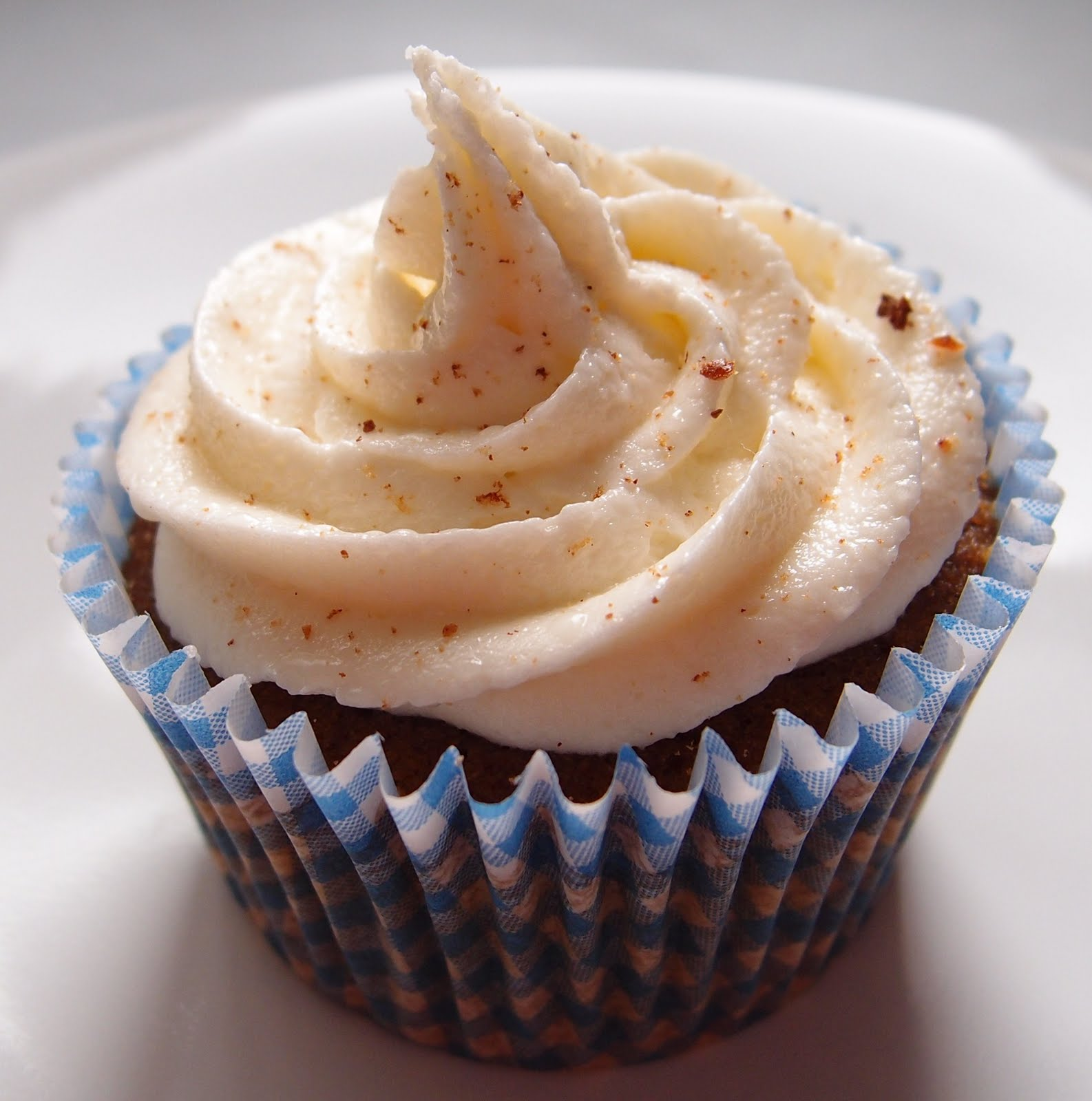 The Caked Crusader: Spiced beer cupcakes with honey buttercream