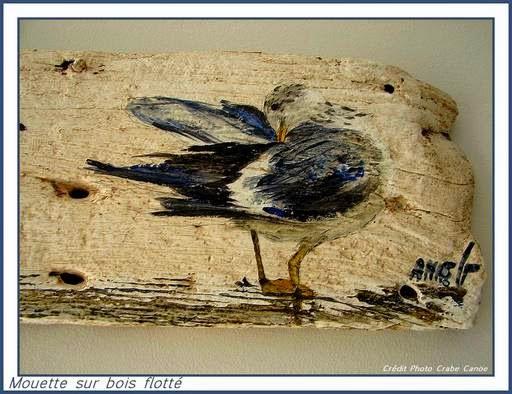 Crabecano mouette sur bois flott for Peinture sur bois flotte