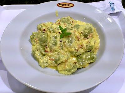 Spadaccino Cucina Italiana Express: Ravióli Verde Carbonara