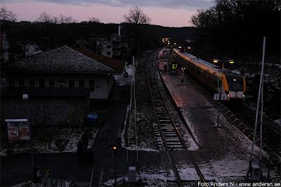 huskvarna station, järnvägsstation, järnväg, tåg, västtåg, snö, vinter, kallt, foto anders n