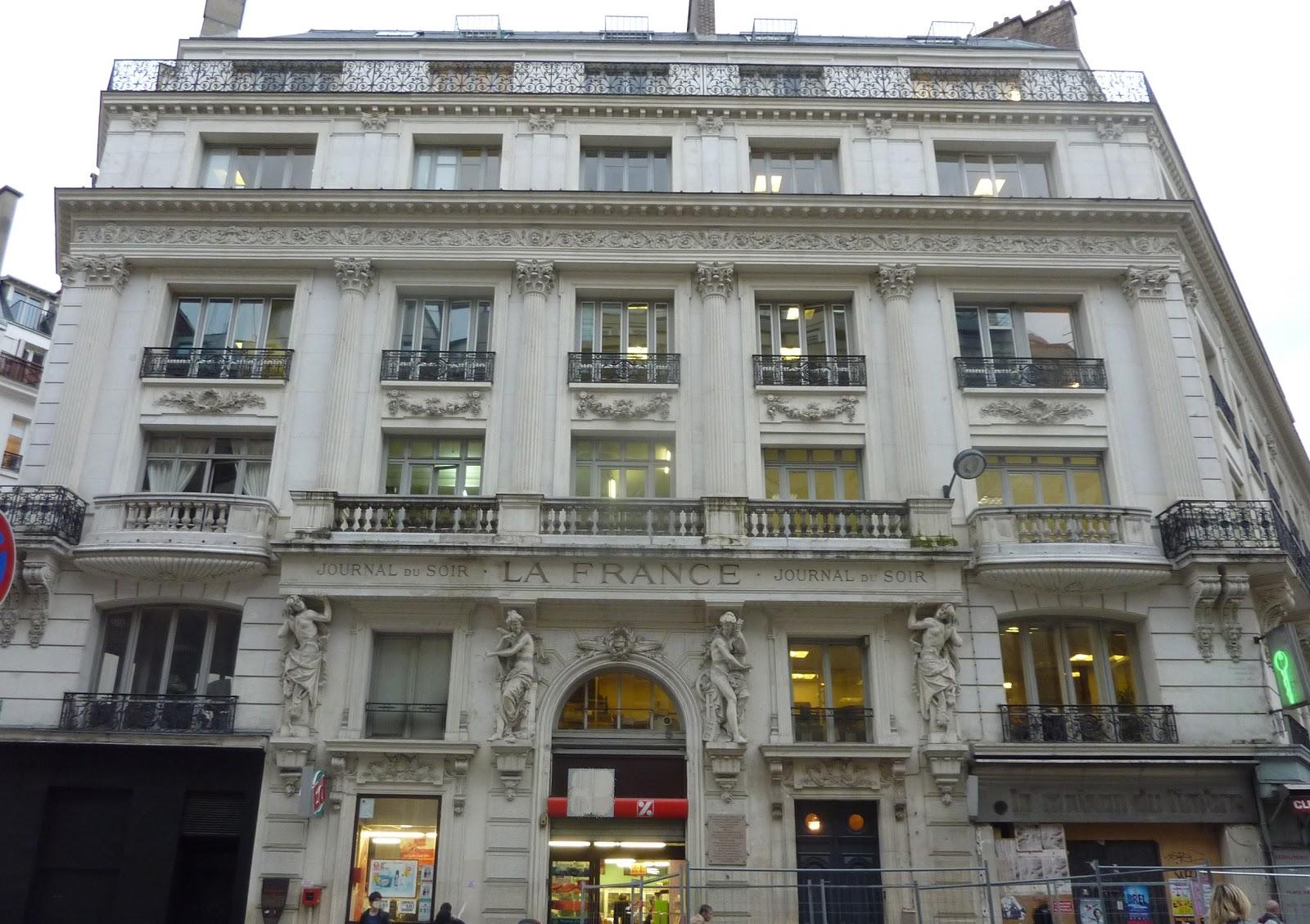 petite d ambulation dans la rue r aumur parisienne curieuse. Black Bedroom Furniture Sets. Home Design Ideas