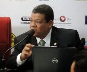 André Felipe Menezes (CAOPMA/MPPE)