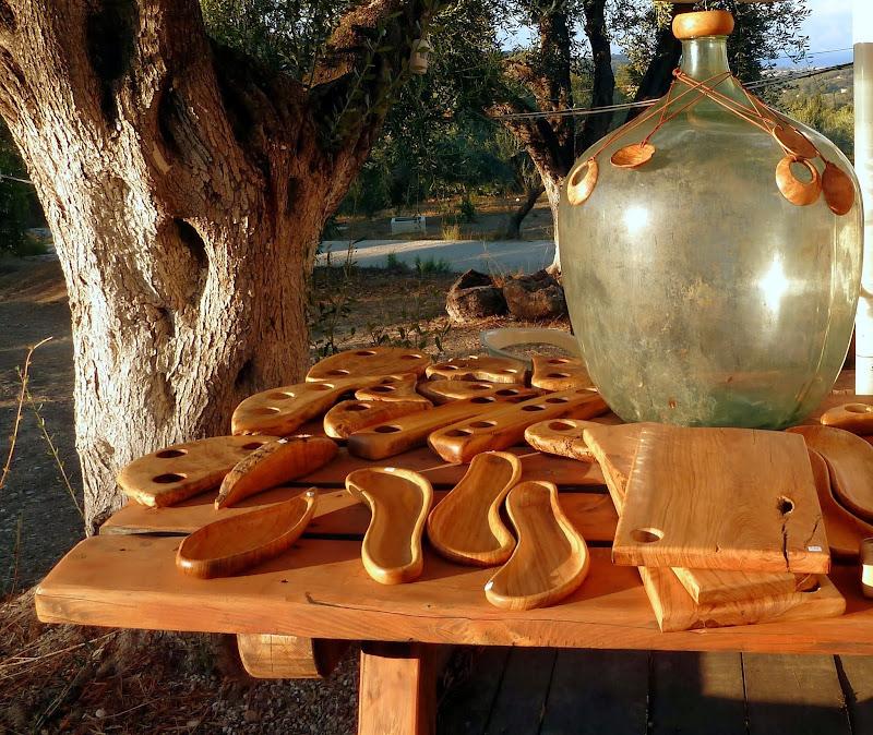 Gebrauchsgegenstände aus Olivenholz (Korfu, Griechenland)