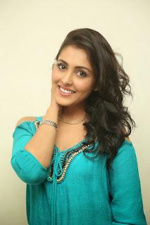 actress madhu shalini new pics hd (3)