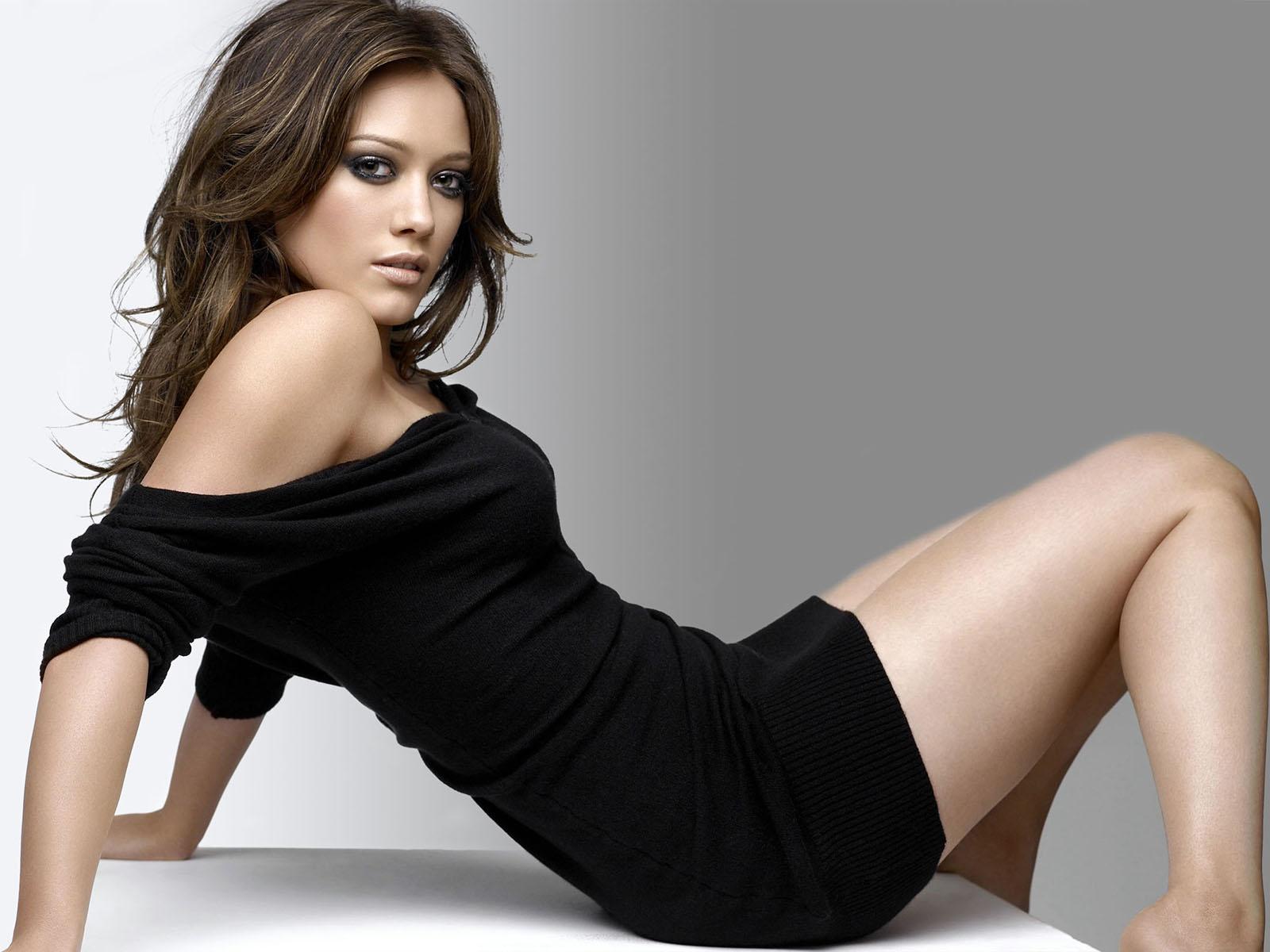 http://3.bp.blogspot.com/-FvftlQt4370/T-nGz8n705I/AAAAAAAAGdM/twyLWTyKhOA/s1600/Hilary_Duff_hot_wallpaper1234567+(6).jpg