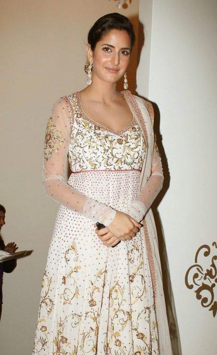 Bollywood Salwar Suits, Bollywood Dresses, Bollywood ...