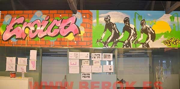 Decoración graffiti para tienda de bicicletas