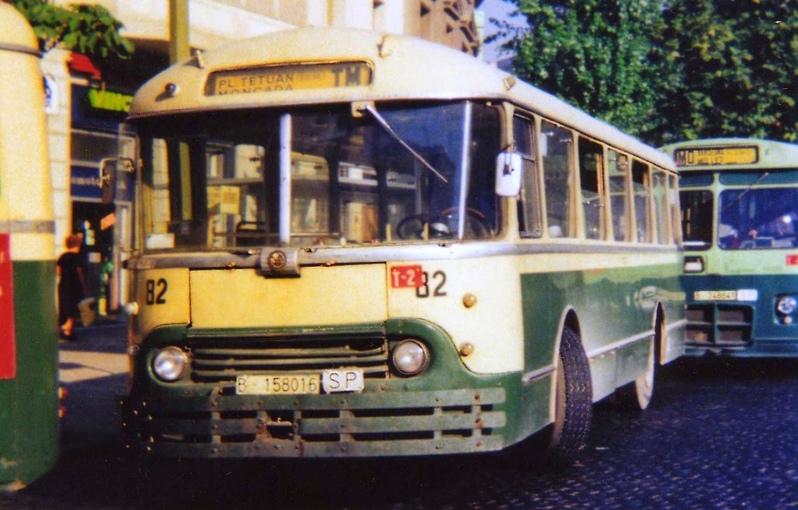 transport mobilit urbaine afficher le sujet hommage aux bus et cars chausson. Black Bedroom Furniture Sets. Home Design Ideas