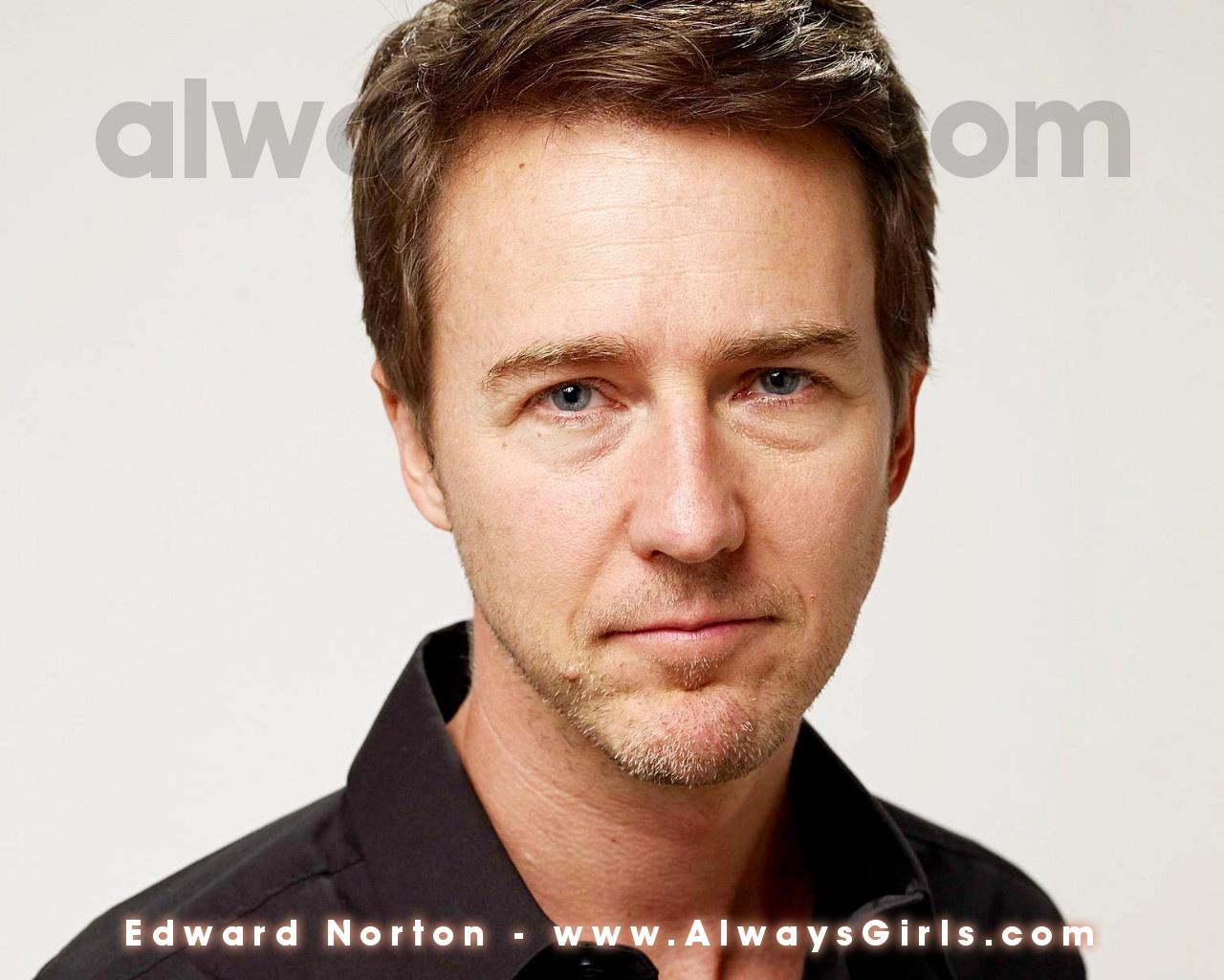 http://3.bp.blogspot.com/-FwDGeWLQP-I/TwKSOlmQLbI/AAAAAAAABXQ/7lp_IXdOAg8/s1600/edward-norton-background-5-769908.jpg