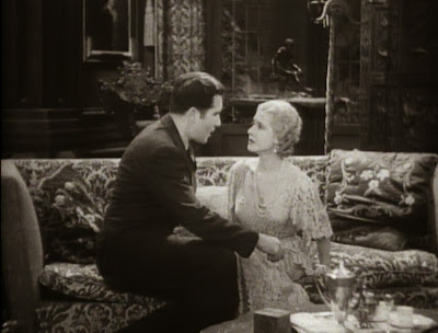 Mae Clarke and John Boles in Frankenstein (1931)