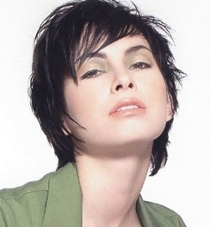 a place for fashion short chinlength hairstyles