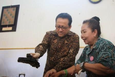 Museum Batik Nasional Dapat Bantuan Studio Mini dan Baju Batik Tokoh asional