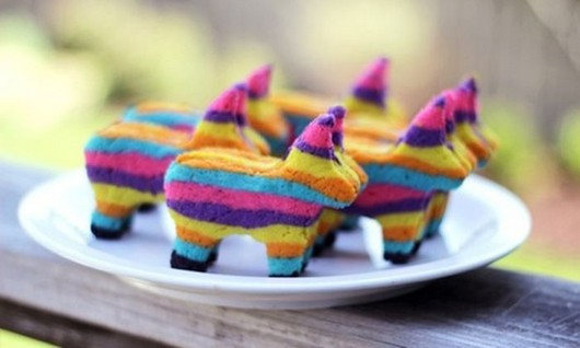 Tutorial of how to make delicious pinata cookies, pinata cookies, pictures