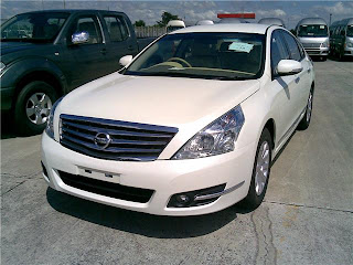 white color 2012 Nissan Teana Cars Photo