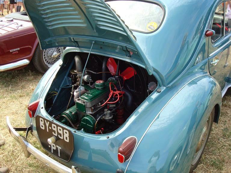 balades en vendee  voitures anciennes  3    la 4cv de renault