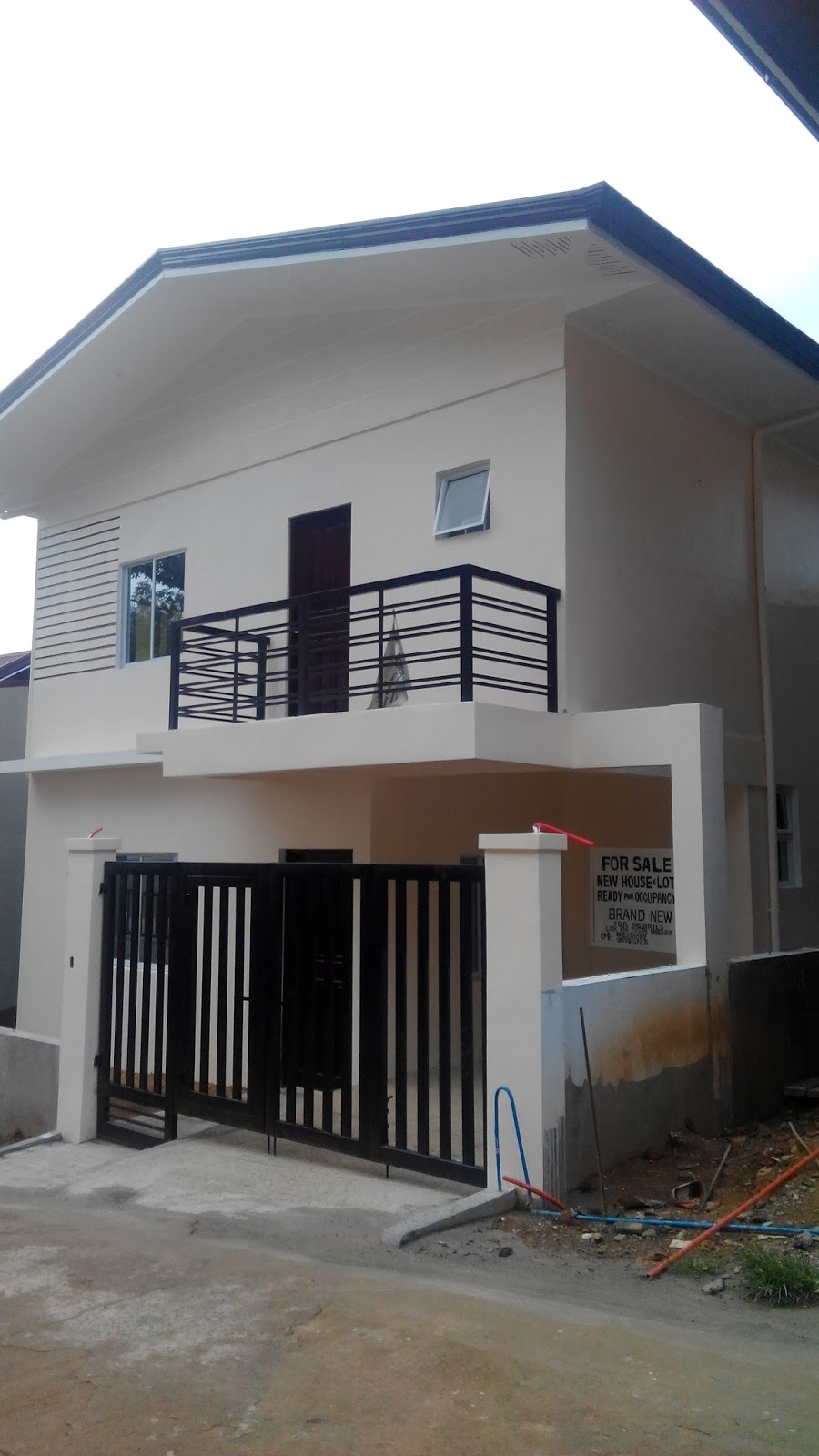 gohomeph: single attached house and lot for sale in montevista