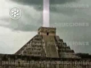 Chichen_ItzaPyramid-Light-Beam