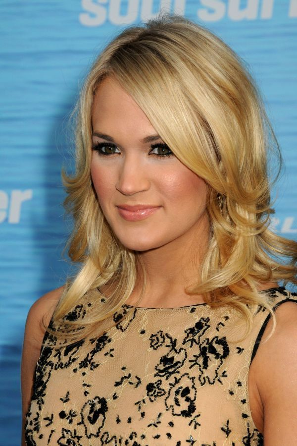 celebrity hairstyle carrie underwood half up wedding