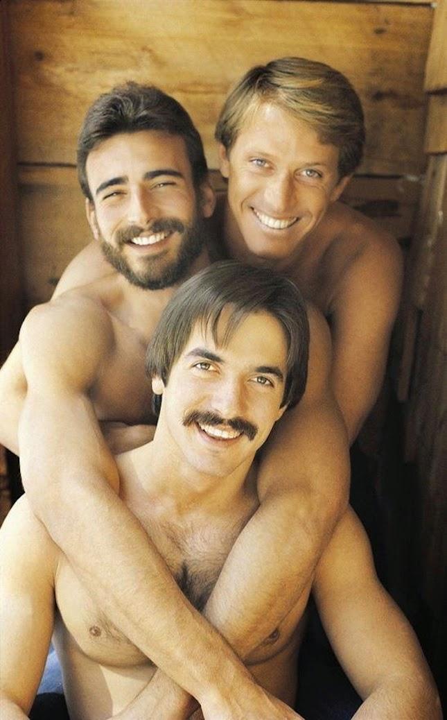 gays spunk in bum