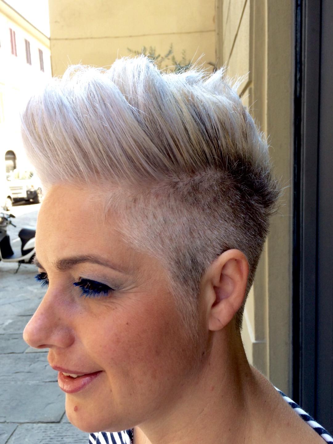 Colore naturale per capelli bianchi