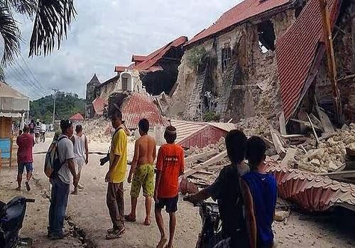 Philippines_Earthquake_2013_Balilihian_photo
