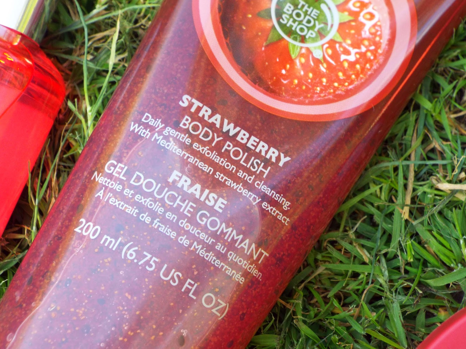 image of strawberry body polish from the body shop