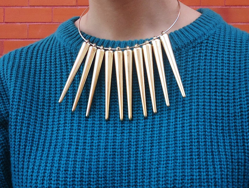 fashion details, spiked necklace