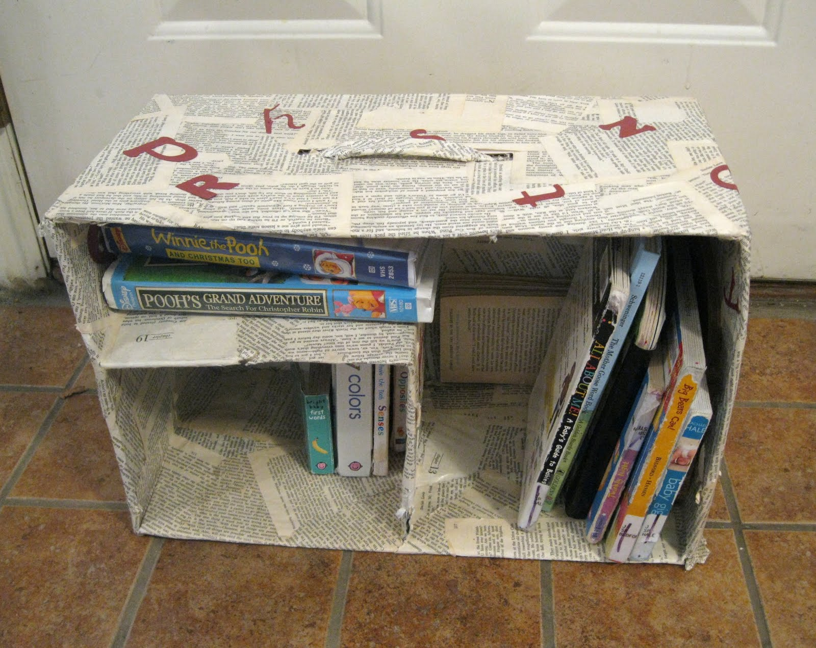 Read Book Shelf diy book shelf - peek-a-boo pages - sew something special