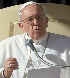 Papa encerra o Ano da Fé e entrega Exortação Apostólica