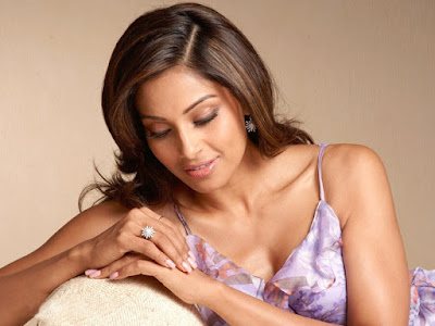 http://funchoice.org/health-and-care/secrets-of-bipasha-basus-beauty-and-body-regime