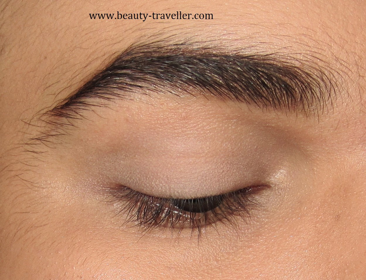 Add Some More Of Guerlain Eyeshadow Primer To Let The Eyeshadows Adhere  Better And Nicely I