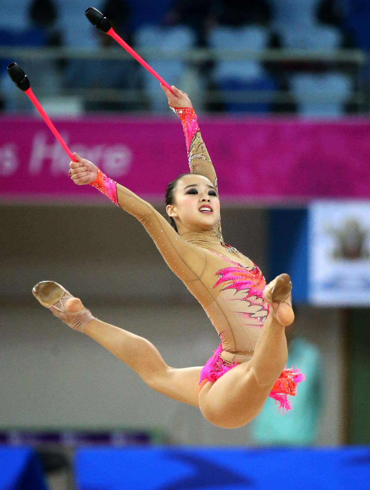 son yeon-jae hot korean rhythmic gymnast 03